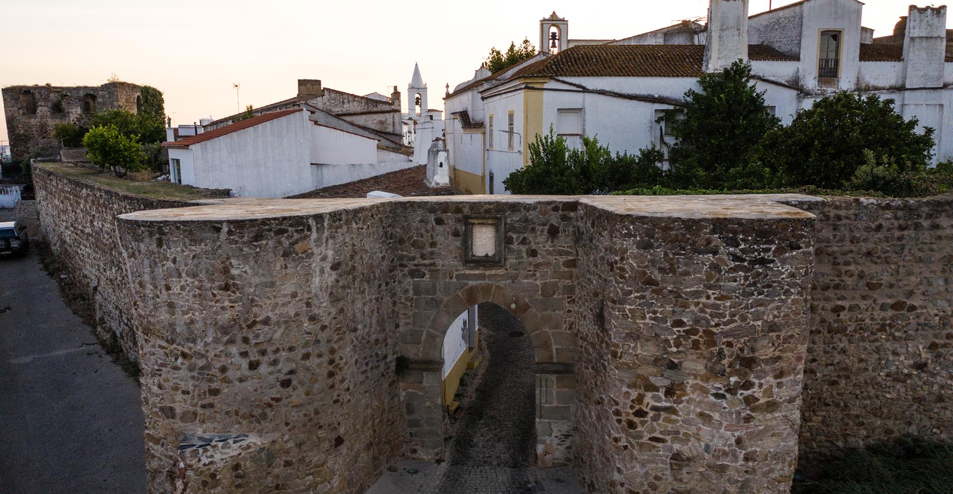 Porta da Ravessa